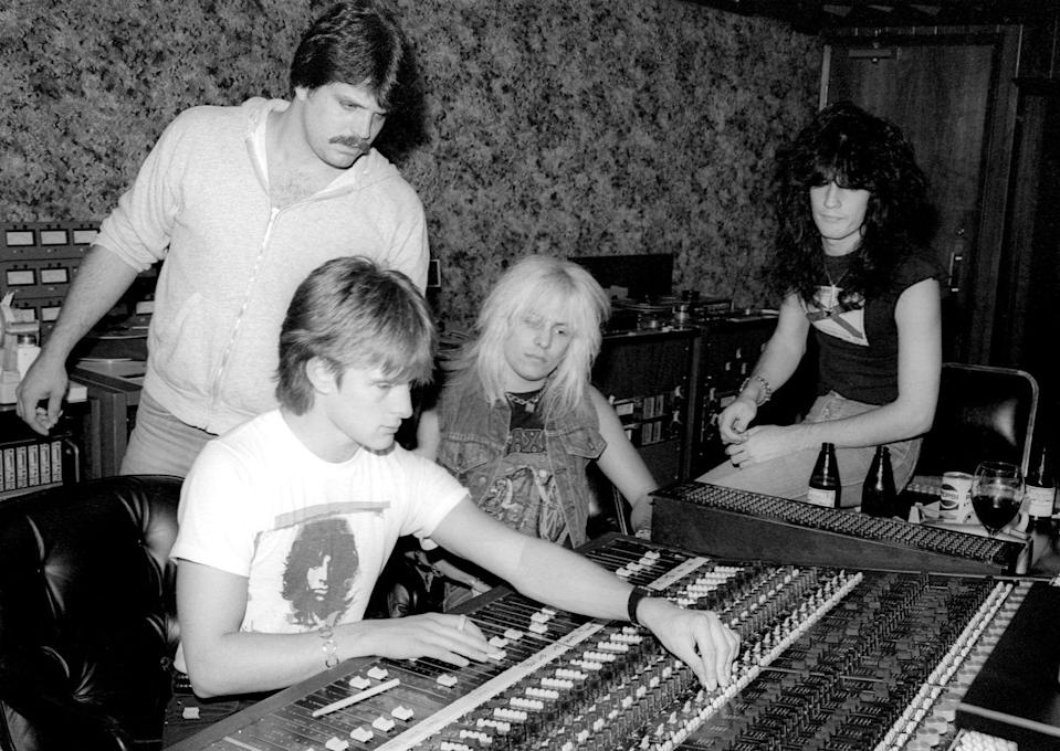 <p>Neil (center) initially didn't want to join the band, but Lee (right), a high school friend, convinced him to reconsider. On April 1, 1981, Neil officially joined.</p>