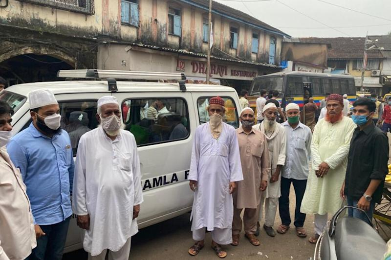 How Muslim Clerics in Mumbai's Dharavi are Leading the Battle Against Coronavirus