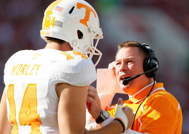 TUSCALOOSA, AL - OCTOBER 26: Head coach Butch Jones of the Tennessee Volunteers converses with Justin Worley #14 against the Alabama Crimson Tide at Bryant-Denny Stadium on October 26, 2013 in Tuscaloosa, Alabama. (Photo by Kevin C. Cox/Getty Images)