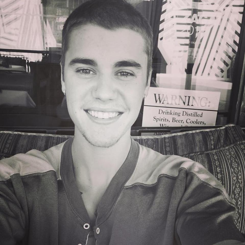 <p>We love when Justin Bieber flashes us those pearly whites. Happy Justin is a good Justin. (Photo: Instagram) </p>