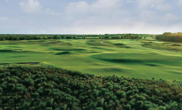 Trinity Forest is presented with Golf Digest's 2018 Green Star environmental award