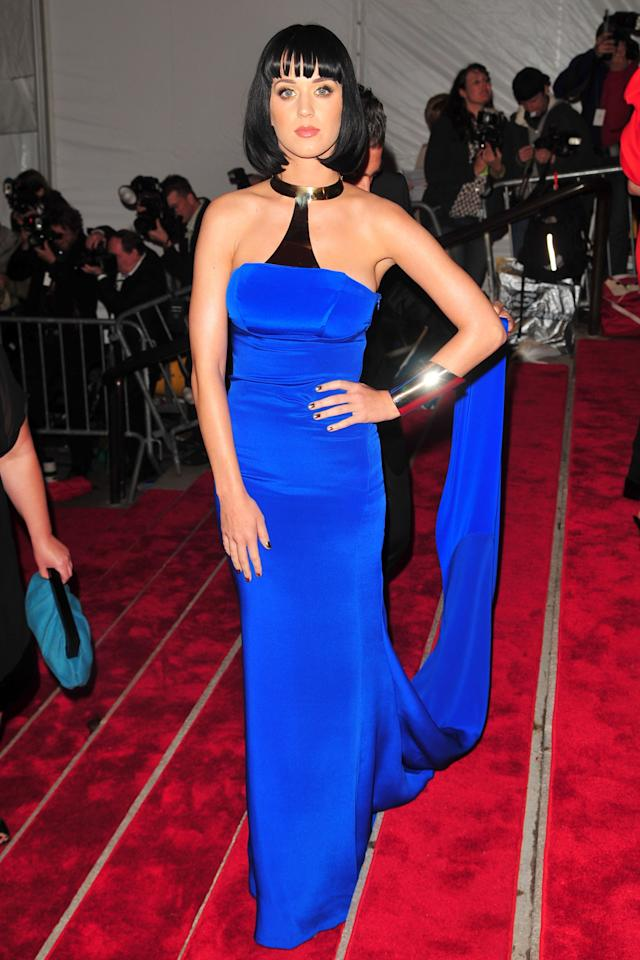 """<p><b>MORE:</b>  <strong><a rel=""""nofollow"""" href=""""http://www.wmagazine.com/gallery/kendall-jenner-beauty-evolution?mbid=synd_yahoolife"""">The Beauty Evolution of Kendall Jenner</a></strong></p><p>Katy Perry wore a bold blue Tommy Hilfiger gown to the 2009 Costume Institute Gala.</p>"""