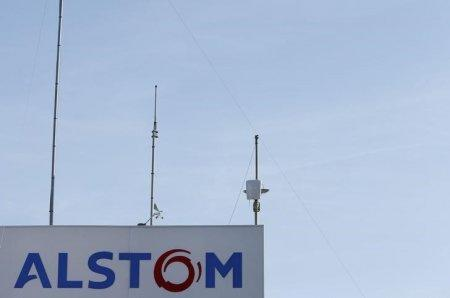 FILE PHOTO: The logo of French engineering group Alstom is seen at the plant in Aytre near La Rochelle, France, August 31, 2016. REUTERS/Regis Duvignau