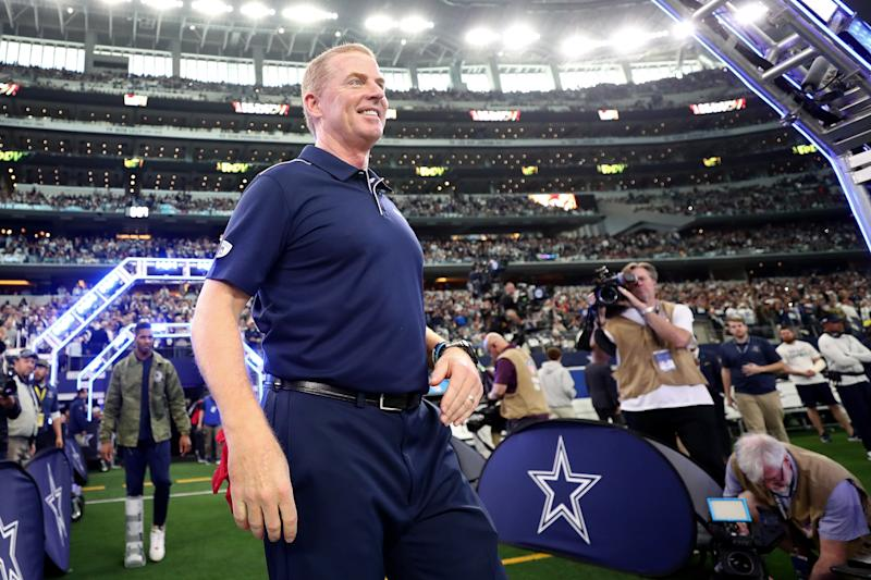 ARLINGTON, TEXAS - DECEMBER 29: Head coach Jason Garrett of the Dallas Cowboys is introduced before the game against the Washington Redskins at AT&T Stadium on December 29, 2019 in Arlington, Texas. (Photo by Tom Pennington/Getty Images)
