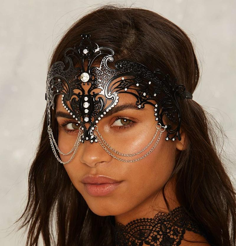 These 10 mystical masks are hauntingly beautiful Halloween costumes in their own right