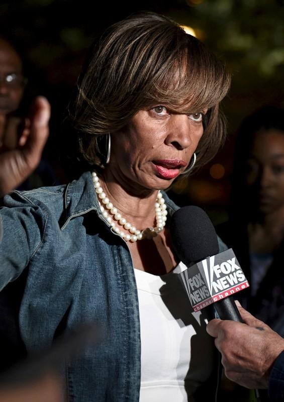 Former Baltimore mayor pleads guilty to charges related to book sales
