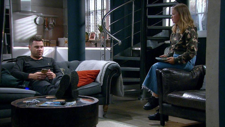 <p>Liv feels bad that Aaron can't get things on an even keel with Ben.</p>