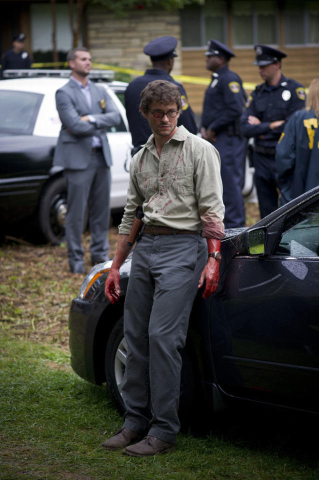 "<p>Here's Will Dancy (""Black Hawk Down"") as ""Hannibal's"" protagonist, profiler Will Graham. And apparently, Graham isn't afraid to get his hands dirty. Or bloody.</p>"