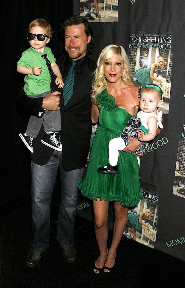 "Tori's husband Dean McDermott, son Liam, and daughter Stella color-coordinated for the celebration. Jeffrey Mayer/<a href=""http://www.wireimage.com"" target=""new"">WireImage.com</a> - April 13, 2009"