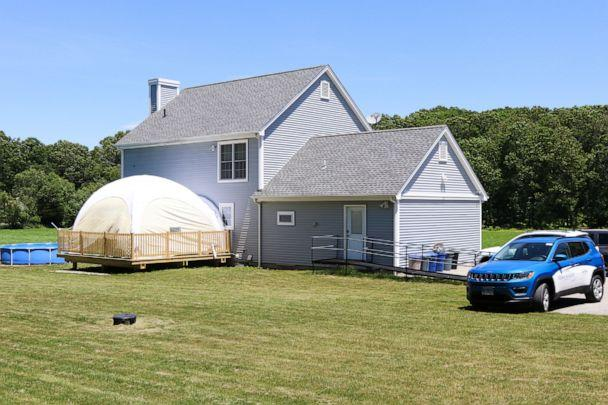 PHOTO: The Connecticut home of Julia Rubin and her 4-year-old son Brody now includes a tented play area. (Jim Molodich)