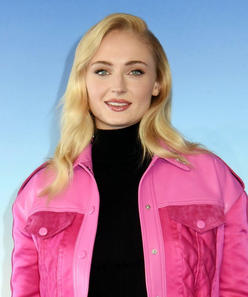 DEAUVILLE, FRANCE – SEPTEMBER 07: Actress Sophie Turner attends the Heavy Photocall of the 45th Deauville American Film Festival on September 7, 2019 in Deauville, France. (Photo by Foc Kan/FilmMagic)