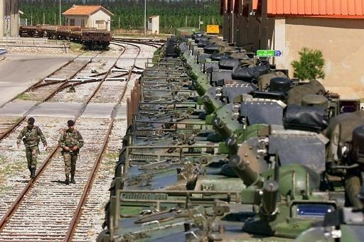 Man held for theft of rocket launchers from French train