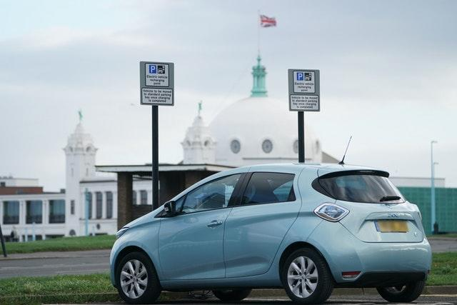 Planned fossil fuel vehicle ban brought forward