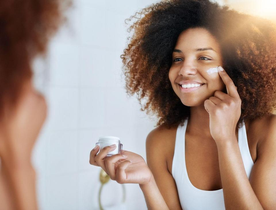 """<p>You should be able to properly apply sunscreen to your face each morning in a minute or less, says <a href=""""https://www.mountsinai.org/profiles/maritza-i-perez2"""" rel=""""nofollow noopener"""" target=""""_blank"""" data-ylk=""""slk:Maritza I. Perez, M.D."""" class=""""link rapid-noclick-resp"""">Maritza I. Perez, M.D.</a>, senior vice president of the <a href=""""https://www.skincancer.org/"""" rel=""""nofollow noopener"""" target=""""_blank"""" data-ylk=""""slk:Skin Cancer Foundation"""" class=""""link rapid-noclick-resp"""">Skin Cancer Foundation</a>. """"Use a nickel-size dollop for full coverage, including the areas around the eyelids and nose.""""</p>"""