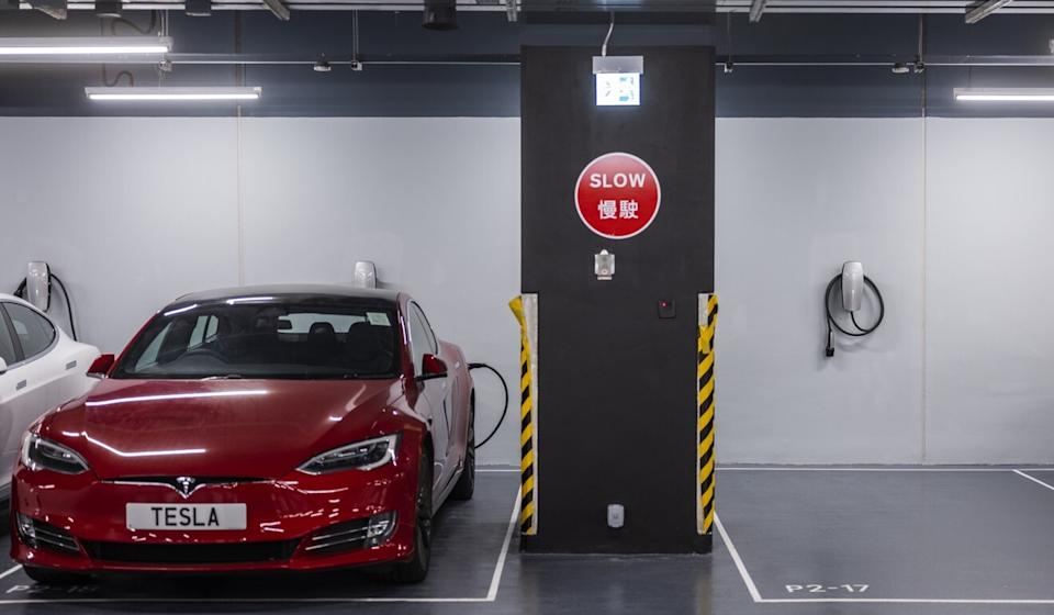 The push to install more electric vehicle charging stations is part of broader effort to promote clean air. Photo: Bloomberg