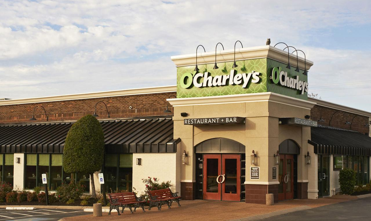 Veterans and active duty service members get a 10 percent discount year-round. On Veterans Day, the chain offers a complimentary meal from its $er menu and a coupon for 20 percent off your next visit.