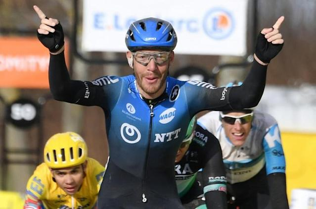Giacomo Nizzolo winning stage 2 of Paris-Nice on Tuesday (AFP Photo/Alain JOCARD)
