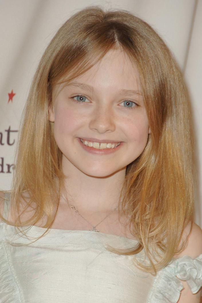 <p>Young starlet Dakota Fanning was born on February, 23, 1994. </p>