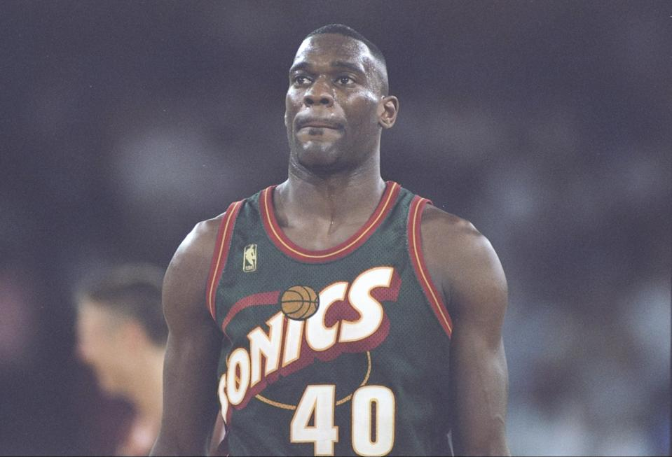 Forward Shawn Kemp of the Seattle SuperSonics