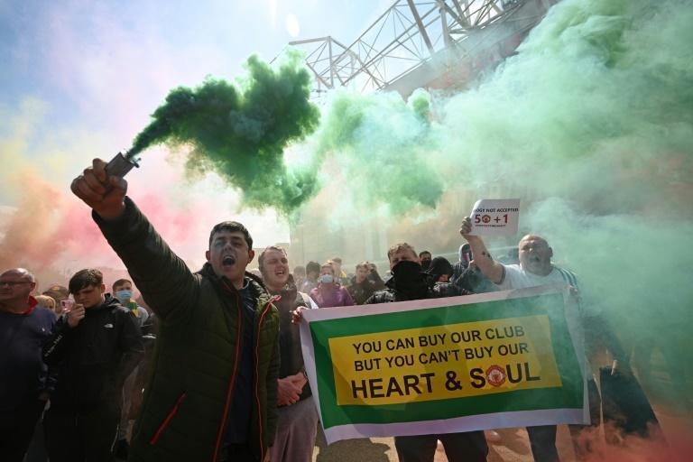 Manchester United fans called for the club's American owners, the Glazer family, to sell the club ahead of Sunday's Premier League clash with Liverpool