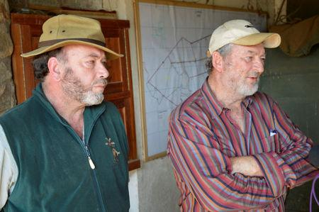 Ranch owners Martin Evans (L) the head of the Laikipia Farmers Association, who is also the owner of Ol Maisor ranch in Laikipia County and Richard Outram a director at Sosian ranch, address the media on the killing of Tristan Voorspuy, a British co–owner of Sosian ranch, in the drought-stricken Laikipia region, Kenya, March 6, 2017. REUTERS/Stringer