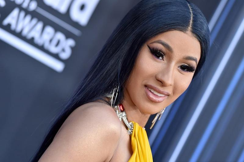 Cardi B Clapped Back At Wardrobe Malfunction Trolls With A