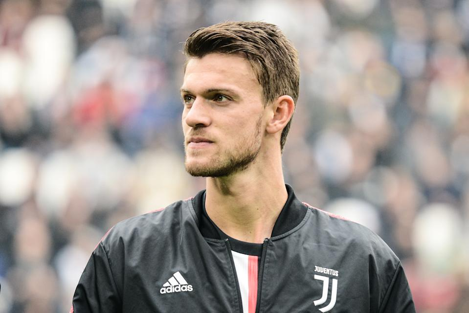 Juventus center back Daniele Rugani tested positive for the coronavirus. (Photo by Alberto Gandolfo/Pacific Press/LightRocket via Getty Images)