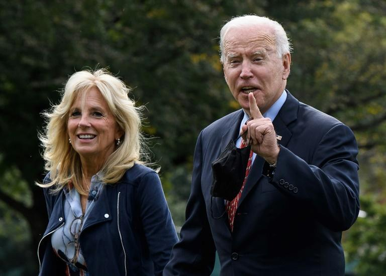 US President Joe Biden and First Lady Jill Biden arrive at the White House at the start of a crucial week with the US debt limit and Biden's spending plans up in the air (AFP/Nicholas Kamm)