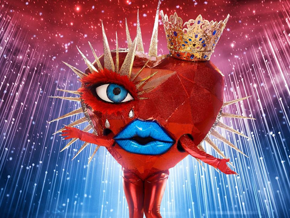 queen of hearts masked singer