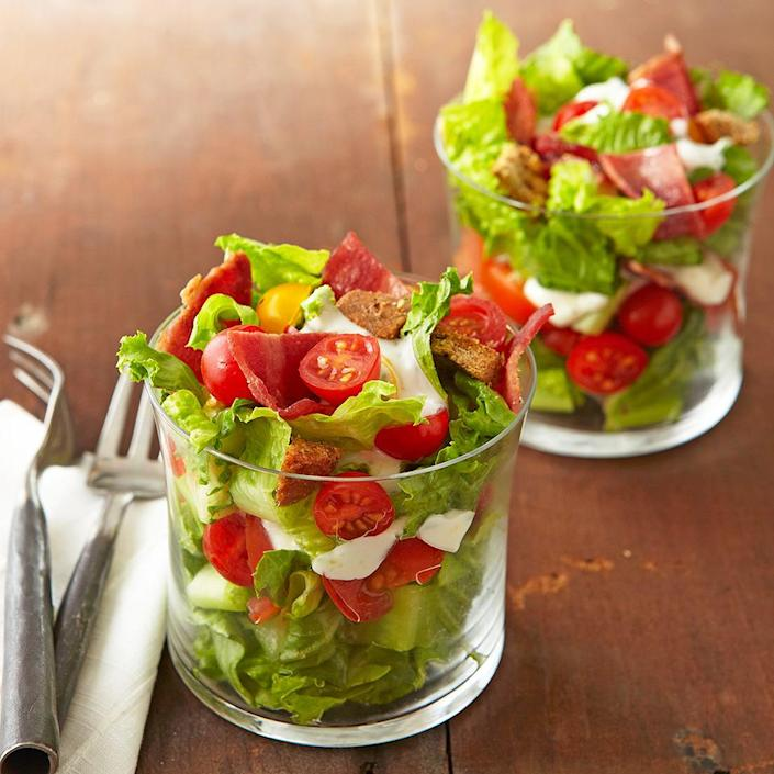 <p>Make over classic BLT sandwiches into low-carb-and company-worthy-salad cups.</p>