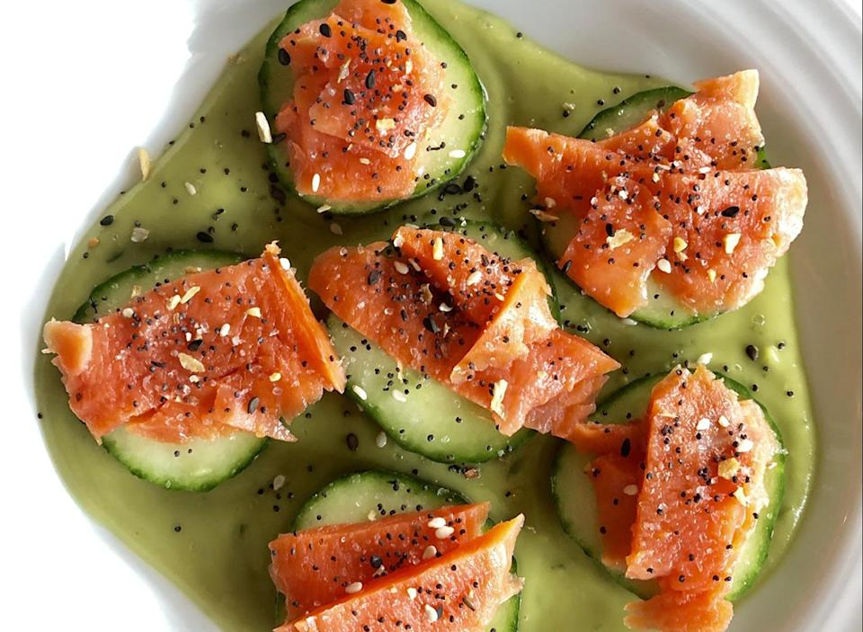 keto smoked salmon on cucumber with lemon avocado sauce