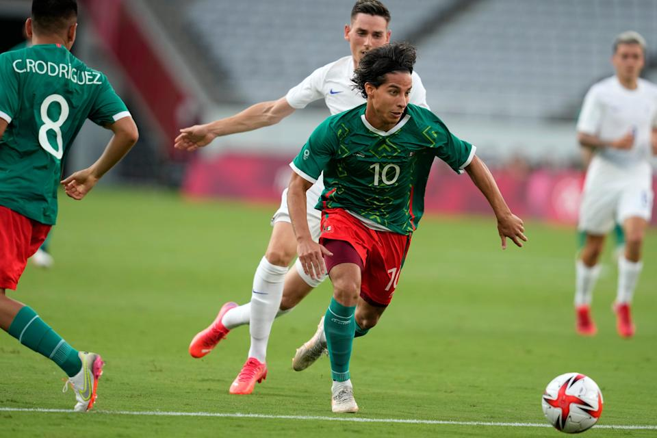 Diego Lainez controls the ball during Mexico's 4-1 win against France in both teams' Olympics opener in Tokyo.