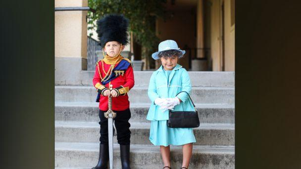 PHOTO: Photographer Gina Lee created a Queen Elizabeth II costume for her 5-year-old daughter, Willow. (Gina Lee Photography)