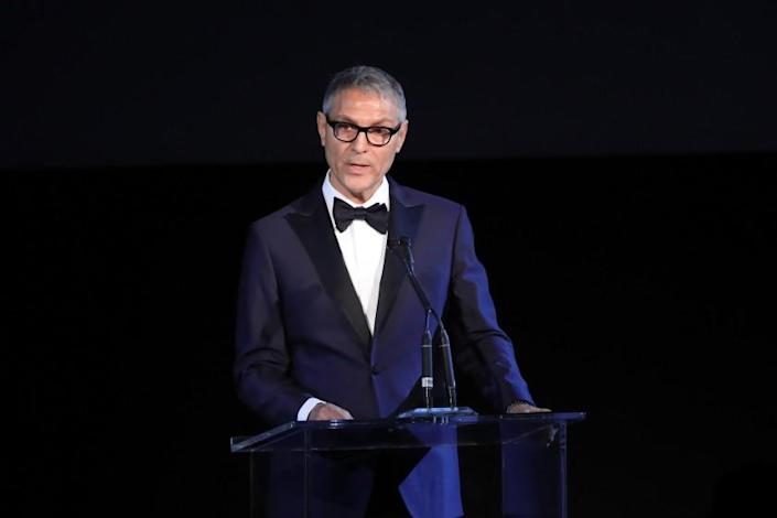 LOS ANGELES, CA - NOVEMBER 04: Co-CEO of William Morris Endeavor Ari Emanuel speaks onstage during the 2017 LACMA Art + Film Gala Honoring Mark Bradford and George Lucas presented by Gucci at LACMA on November 4, 2017 in Los Angeles, California. (Photo by Neilson Barnard/Getty Images for LACMA)