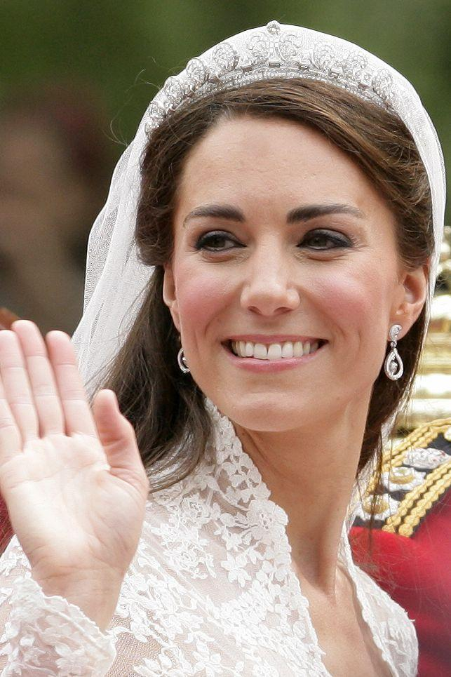 """<p>The Duchess of Cambridge applied her own <span class=""""redactor-unlink"""">wedding day</span> makeup - albeit with some <a href=""""https://people.com/royals/kate-middletons-wedding-day-makeup-all-the-beauty-products-she-used/"""" rel=""""nofollow noopener"""" target=""""_blank"""" data-ylk=""""slk:&quot;artistry assistance&quot;"""" class=""""link rapid-noclick-resp"""">""""artistry assistance""""</a> from Bobbi Brown pro Hannah Martin. The supplies included three shades of eyeshadow: <span class=""""redactor-unlink"""">Ivory</span> all over, Rockstar on the lower lid, and <span class=""""redactor-unlink"""">Slate</span> in the crease.</p>"""