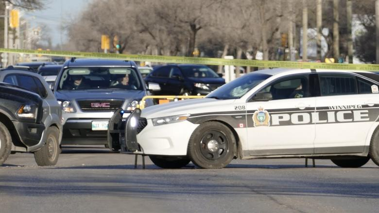 Crash in stolen vehicle sends 4 to hospital in Winnipeg, one in critical condition