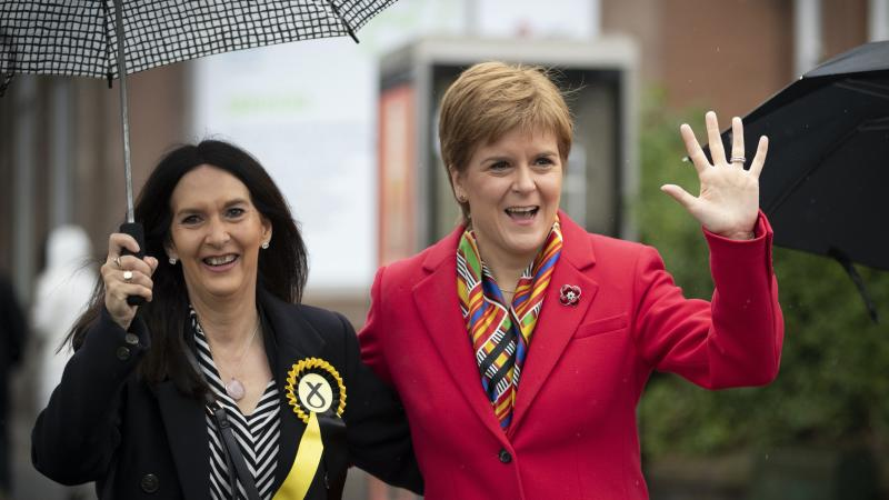 Nicola Sturgeon urges MP Margaret Ferrier to quit over 'dangerous' rule-breaking