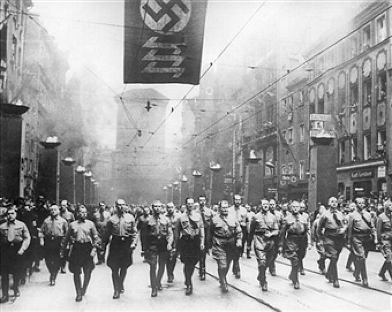 10th November 1937: Nazi dictator, Adolf Hitler (1889 - 1945) and Hermann Goering (1893 - 1946), leading a procession of Nazis to the Munich Burgerbrau Cellar, to celebrate the Munich Beer Hall Putsch of 1923. (Photo by Keystone/Getty Images)