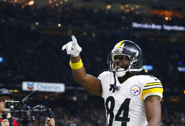 Pittsburgh Steelers wide receiver Antonio Brown (84) was reportedly benched for Sunday's game. (AP)