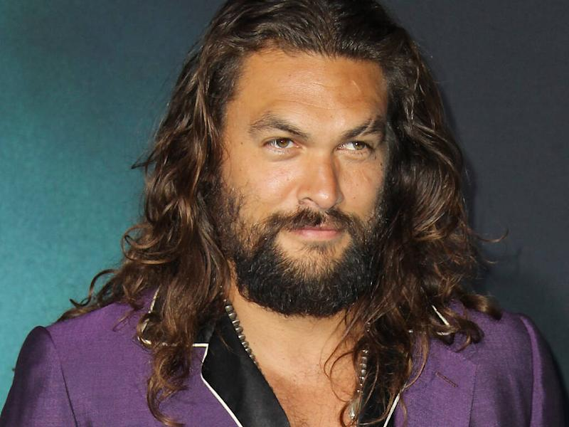 Jason Momoa apologises to Chris Pratt following water bottle comments