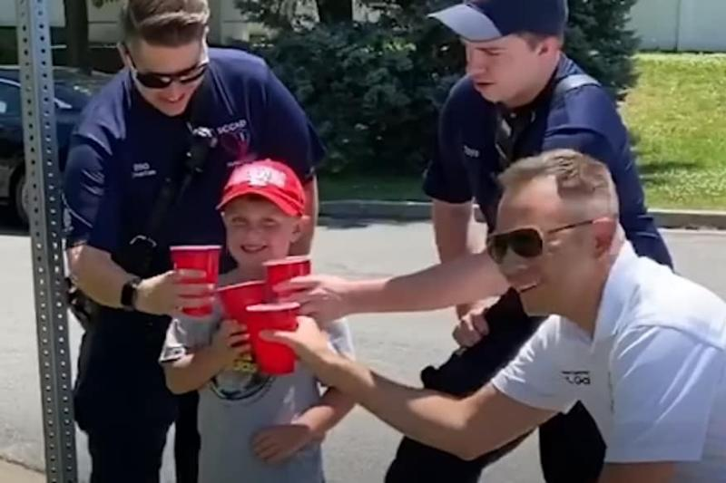 5-year-old Boy and Sister Raise $3,000 With Lemonade Stand to Help Injured Firefighter