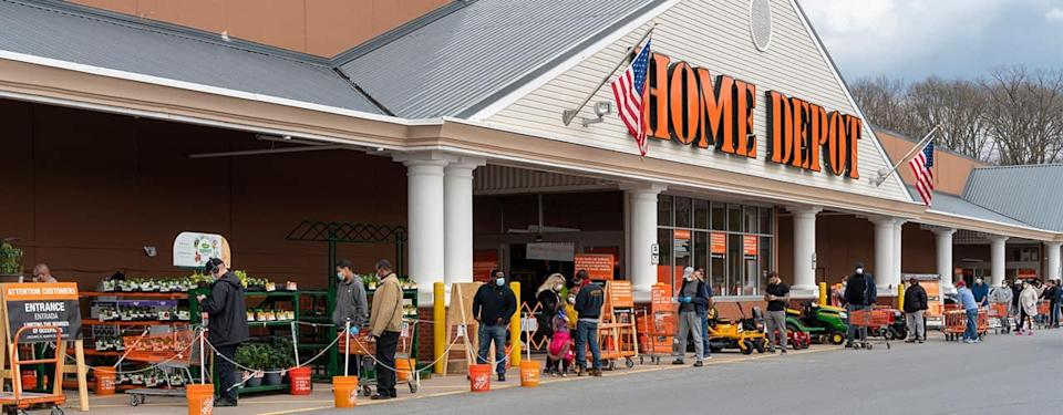 home Depot Inbody people waiting to enter store storefront