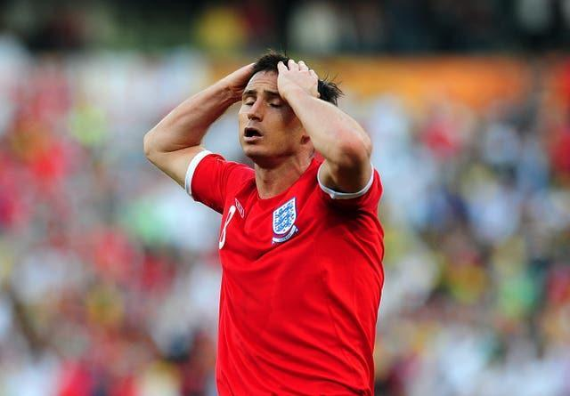 England's Frank Lampard puts his hands to his head