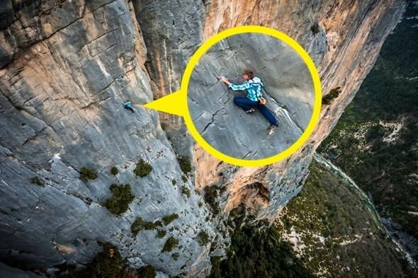 Hold on tight! Man climbs 500ft cliff without ropes
