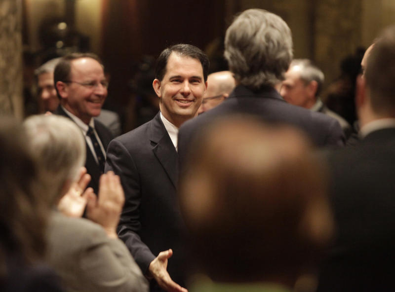 Wis. Gov. Walker calls for income tax cut