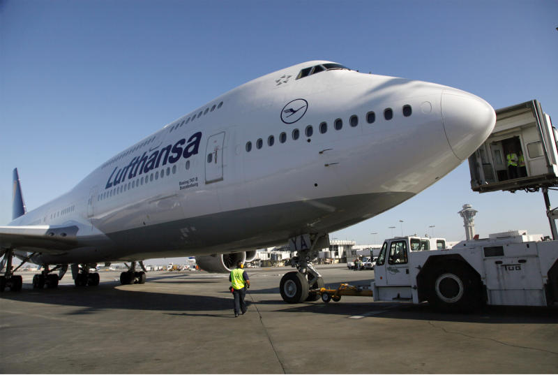 Boeing delivered 601 planes last year