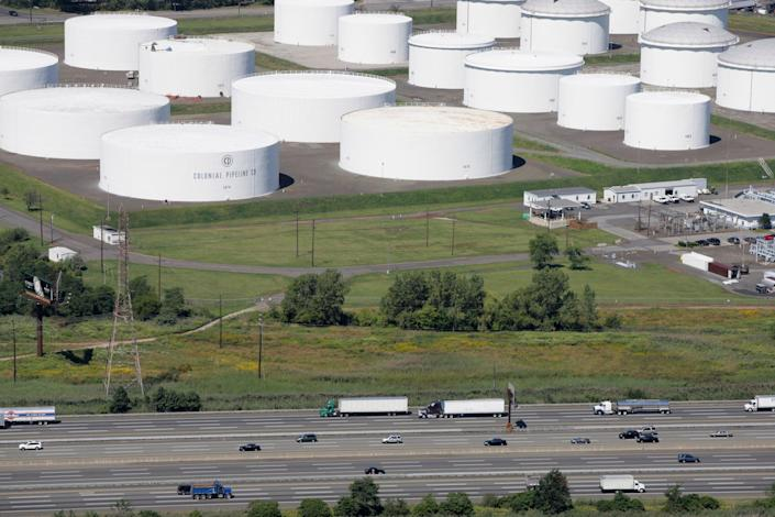 <p>Southeastern states are reporting gas shortages at stations amid the Colonial Pipeline closure</p> (AP2008)