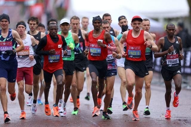Sir Mo Farah was setting the pace