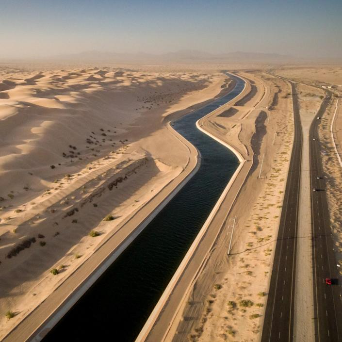 Lower Colorado River canal in the desert. (Photo: Justin Clifton)