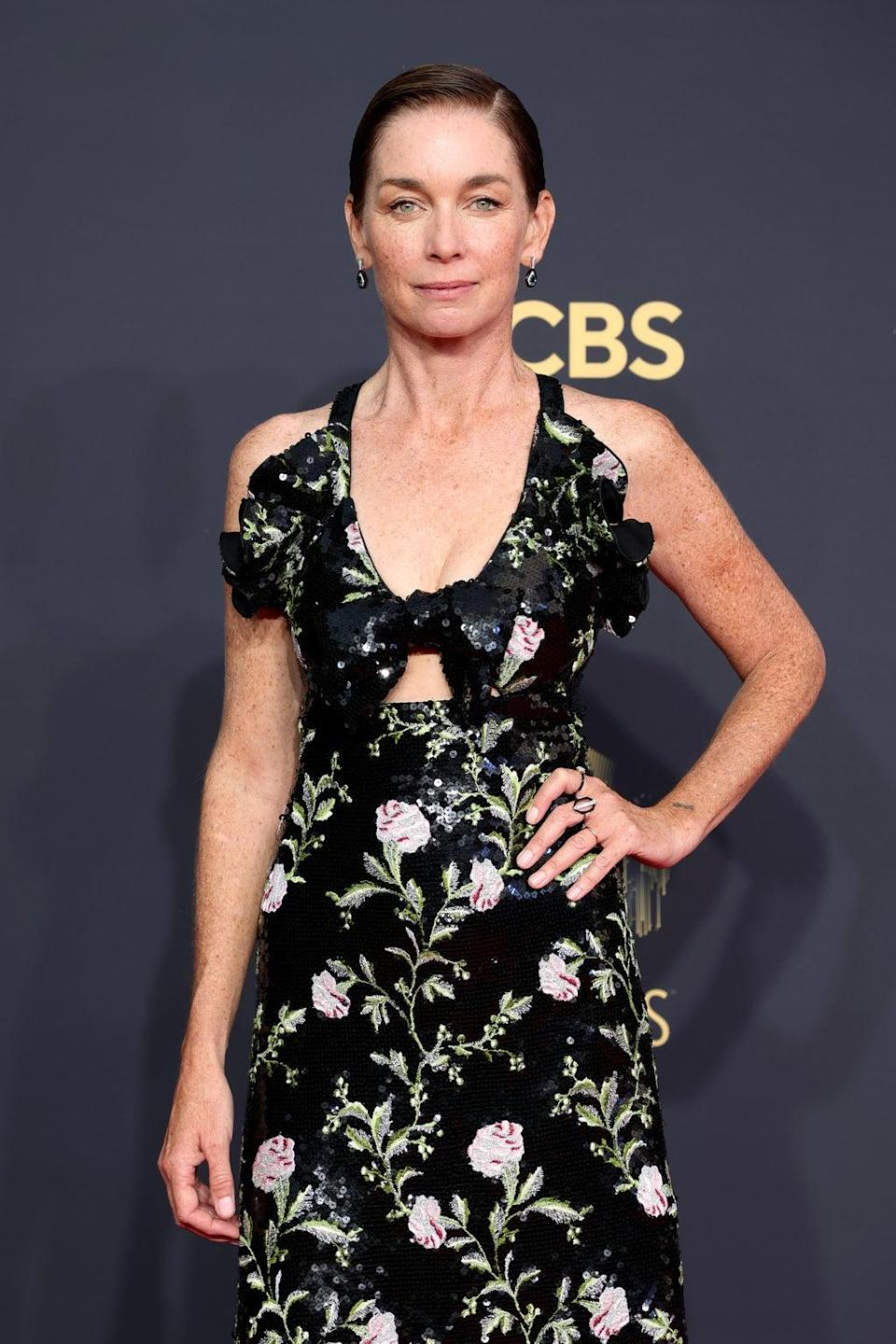 Julianne Nicholson at the 2021 Emmy Awards (Getty Images)